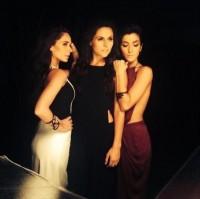Сурия, Адриана и Эрендира на съемках фотосессии для «Estilo DF».