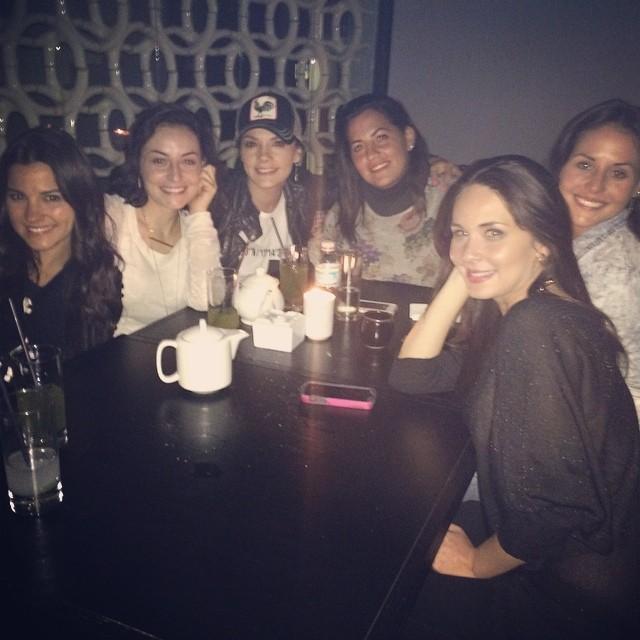 Cурия Вега. Вечеринка Маримар с Сурией и подругами-актрисами.