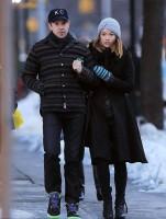 Оливия Уайлд. Оливия и Джейсон во время прогулки по улицам Нью-Йорка