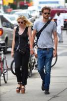 Дакота Фаннинг. Дакота и Джейми в Сохо в Нью-Йорке.