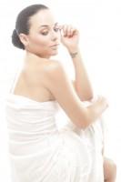 На сайте журнала «Mujer Queretaro» опубликовали фото, которое напечатано в журнале. Фотосессия не новая, но такого фото раньше не было.
