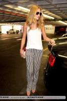 Роузи Хантингтон-Уайтли. Роузи с Джейсоном в аєропорту LAX (ч. 1)