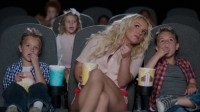 """Новый кадр из грядущего видео на """"Ooh La La"""""""
