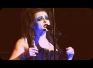 "Хелена Бонэм Картер. Хелена Бонэм Картер спела в Royal Albert Hall. Helena Bonham Carter - ""Sally's Song"" - Live at Royal Albert Hall"