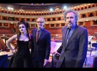 Danny Elfman & Helena Bonham-Carter sing Nightmare Before Christmas at Royal Albert Hall