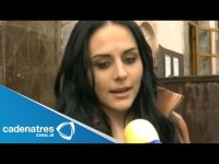 Cурия Вега. Сурия на пресс-конференции фильма «Темнее ночи» (24.07).. Zuria Vega explica por qué no quiere hablar de la salud de su papá
